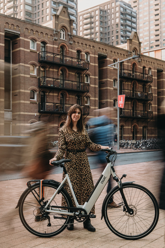 Katja van QWIC met e-bike
